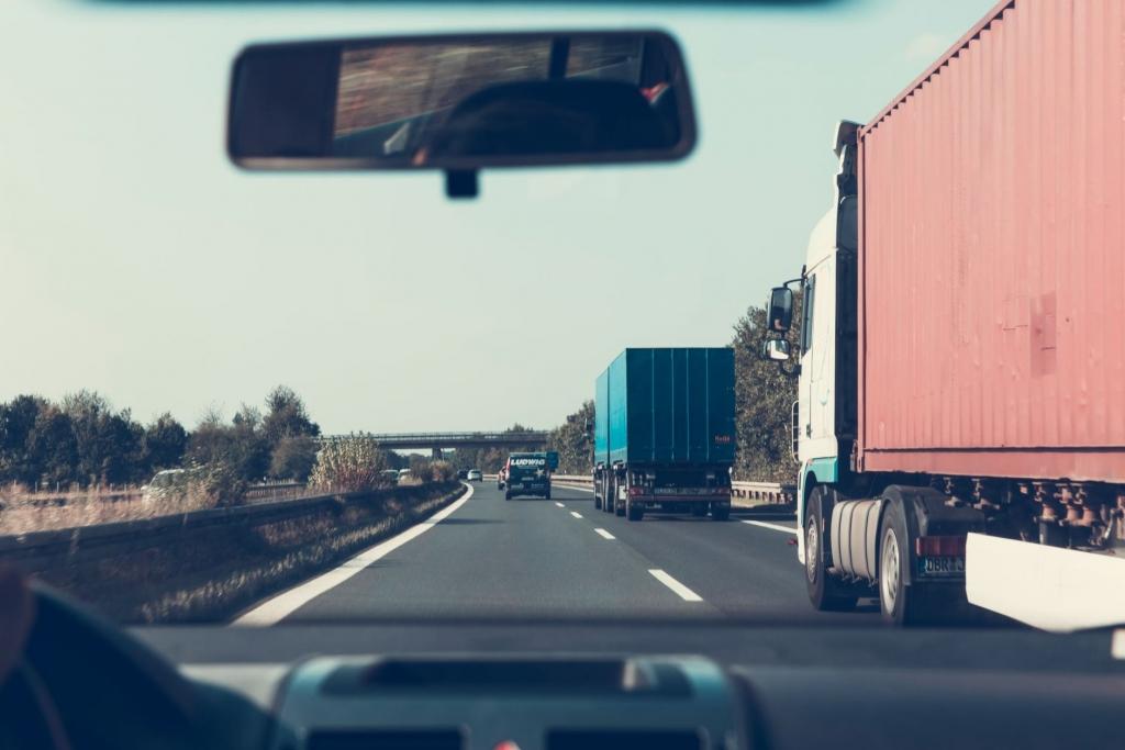 Trucker Factoring, Equipment Loans, Bridge Loans, Line of Credit, Financing for All Businesses 5