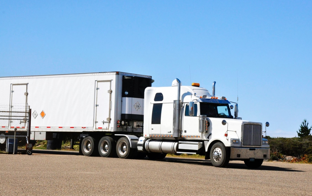 Trucking Factoring, Equipment Loans, Bridge Loans, Line of Credit, Financing for All Businesses 2